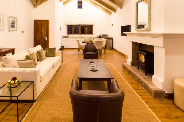 the-residences-interiors-3088862076-D4DF-0420-5C95-F23FA4D7EF7D.jpg